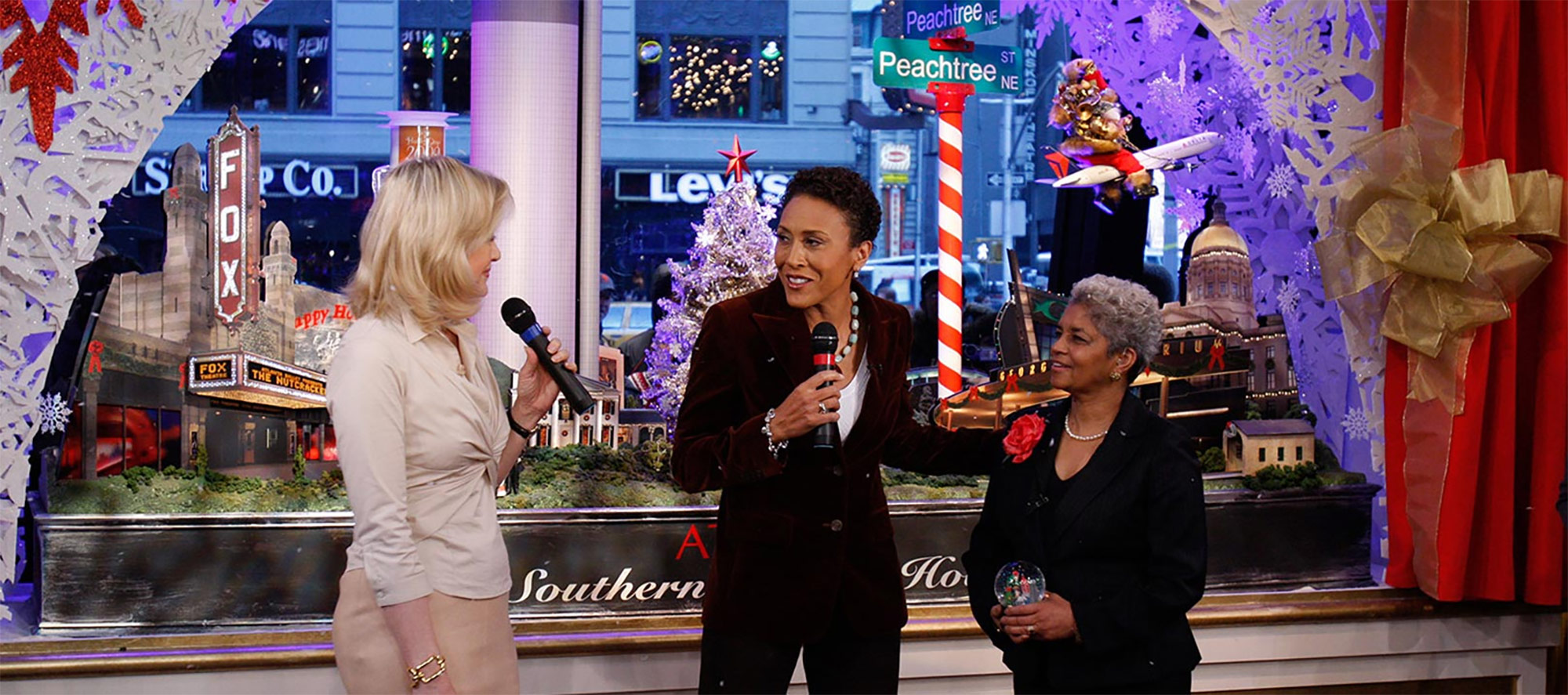 Gareth Botha's work has been featured on Good Morning America, unveiled by Diane Sayer, Robin Roberts, and Mayor Shirley Franklin